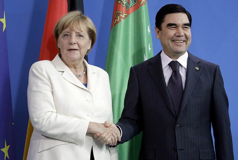 Канцлер Германии Ангела Меркель и президент Туркменистана Гурбангулы Бердымухамедов