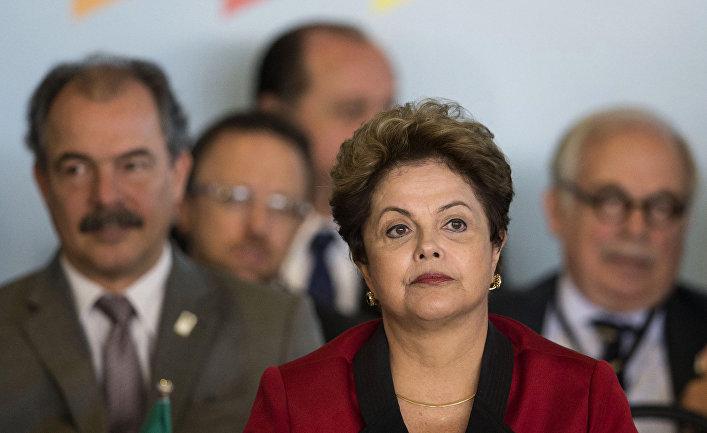 Президент Бразилии Дилма Русеф на саммите БРИКС в Бразилиа