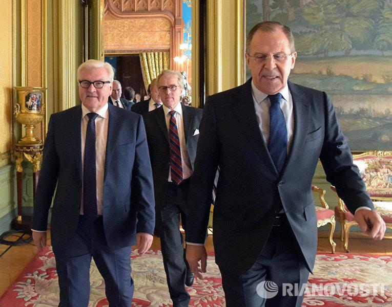 Встреча глав МИД РФ и Германии Сергея Лаврова и Франка-Вальтера Штайнмайера в Москве.