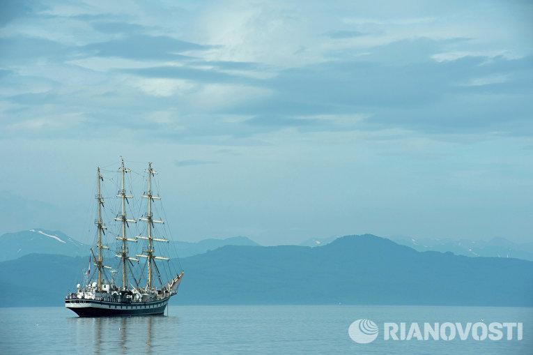 Авачинская бухта в Петропавловске-Камчатском