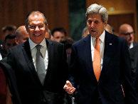 Глава МИД РФ Сергей Лавров и госсекретарь США Джон Керри на переговорах в Женеве