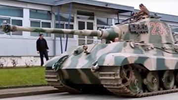 «Королевский тигр» vs ИС-2