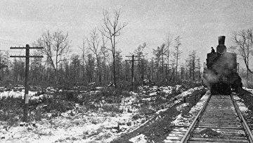 Паровоз на железной дороге Волочаевск-Комсомольск