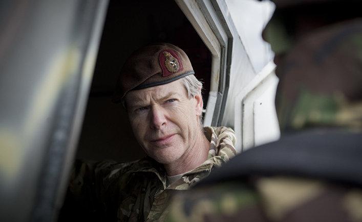 Генерал Адриан Брэдшоу принимает участие учениях в НАТО «Весенний ветер 15»