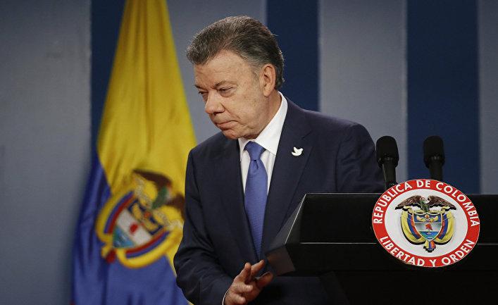 Президент Колумбии Хуан Мануэль Сантос во время пресс-конференции в Боготе