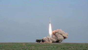"""На полигоне в Астраханской области проведен боевой пуск ракеты из комплекса """"Искандер-М"""""""