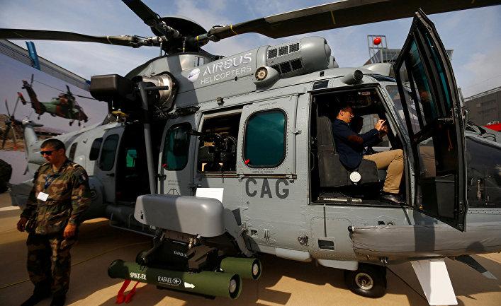 Многоцелевые военные вертолеты EC 725 «Аэробус» на международной военной выставке в Кельце