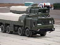 Пусковая установка комплекса «Искандер-М» в транспортном положении