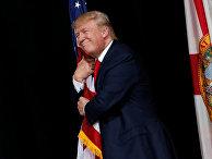 Кандидат в президенты США Дональд Трамп во время предвыборной кампании в городе Тампа штата Флорида