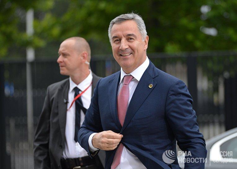 Премьер-министр Черногории Мило Джуканович на саммите НАТО в Варшаве