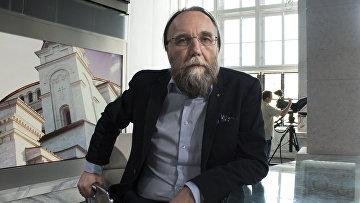Российский общественный деятель Александр Дугин