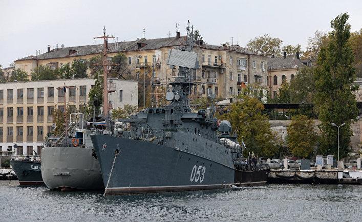 Морской охотник «СКА-053» в Севастопольской бухте