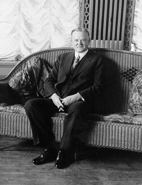 Кандидат на пост президента США Герберт Гувер