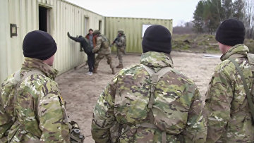 США учат украинских солдат воевать против России