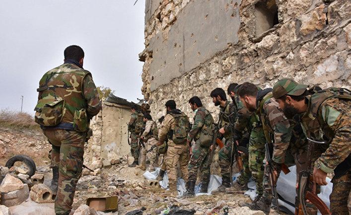 Военные сирийской армии в одном из восточных районов Алеппо