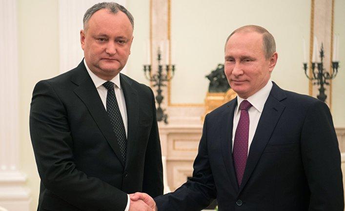 Президент РФ Владимир Путин и президент Молдовы Игорь Додон