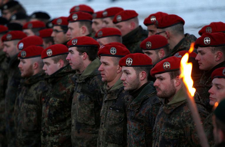 Международный батальон НАТО отправляется в Литву