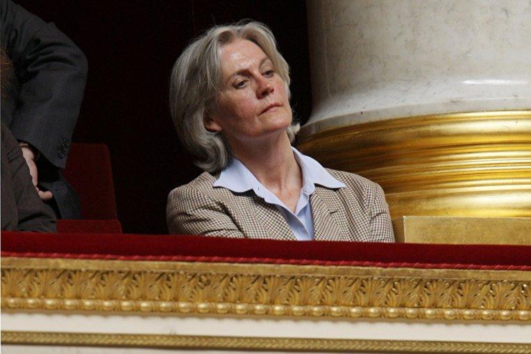 Жена кандидата на пост президента от партии Республиканцев Франсуа Фийона Пенелопа Фийон