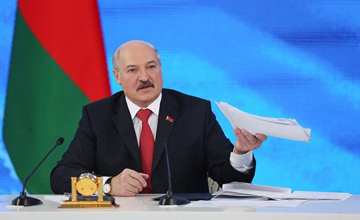 Президент Белоруссии Александр Лукашенко на пресс-конференции в Минске