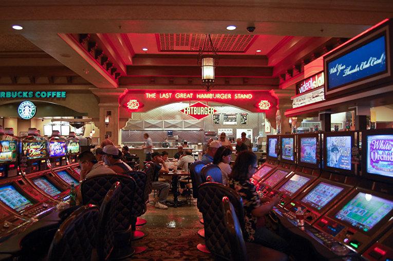 Фото людей вскрывавших игровые автоматы 2009 года купить скрипт рулетки на деньги