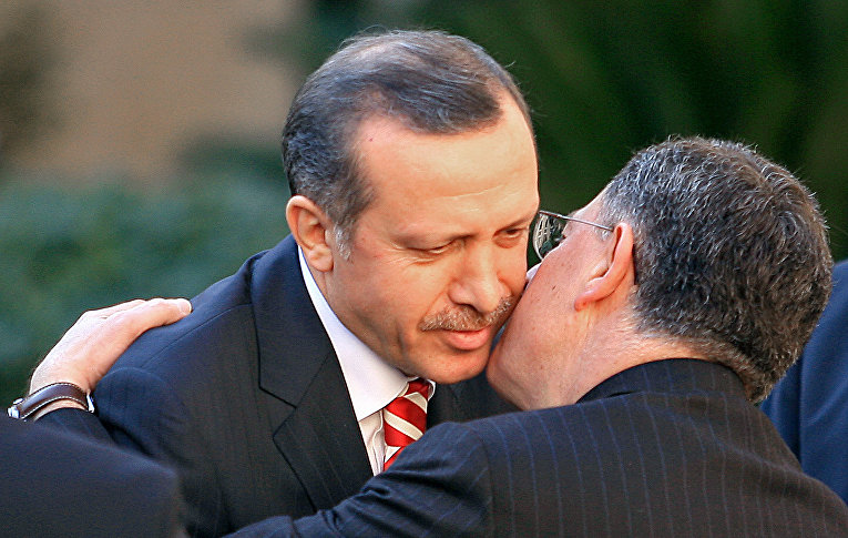 Премьер-министр Ливана Фуад Синиора и президент Турции Реджеп Тайип Эрдоган