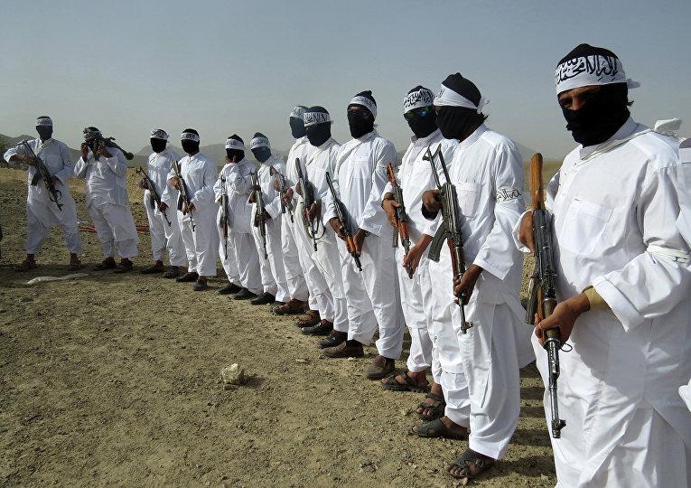 Члены движения «Талибан» в Афганистане