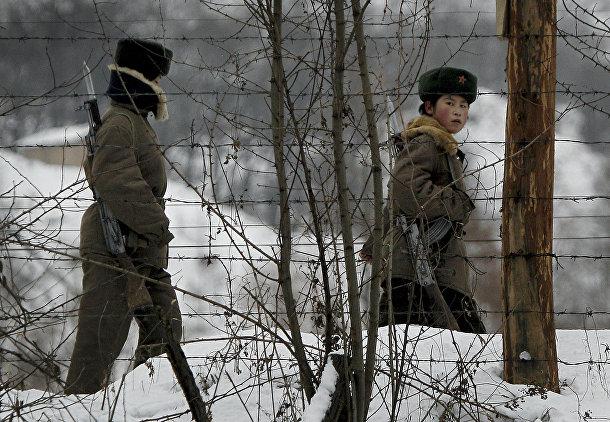Женщины-военнослужащие северокорейской армии