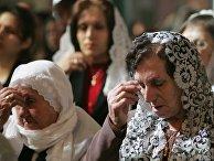 Иорданские христиане в церкви в Аммане