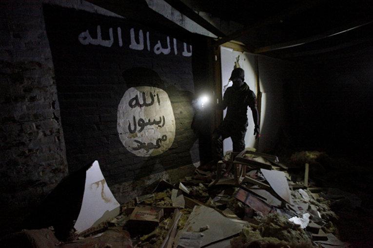 Секретная база боевиков ИГИЛ недалеко от Мосула