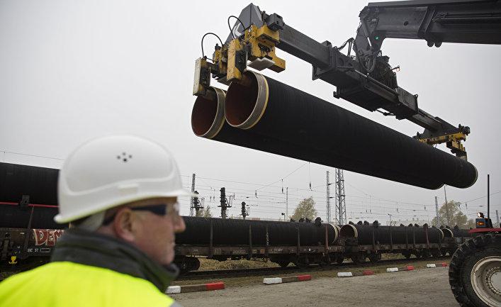 Трубы для трубопровода «Северный поток - 2» на острове Рюген в Германии