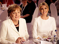 25 апреля 2017 года. Иванка Трамп и канцлер Германии Ангела Меркель