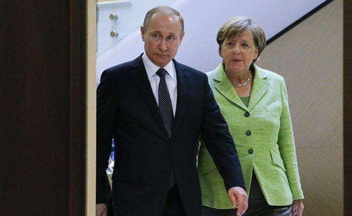Президент РФ Владимир Путин и федеральный канцлер ФРГ Ангела Меркель в Сочи. 2 мая 2017