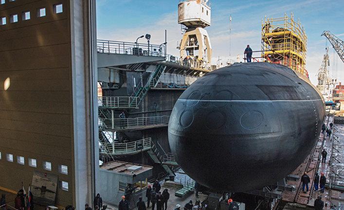 """Спуск на воду подводной лодки """"Великий Новгород"""" проекта 636 """"Варшавянка"""""""