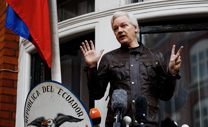 Основатель WikiLeaks Джулиан Ассанж