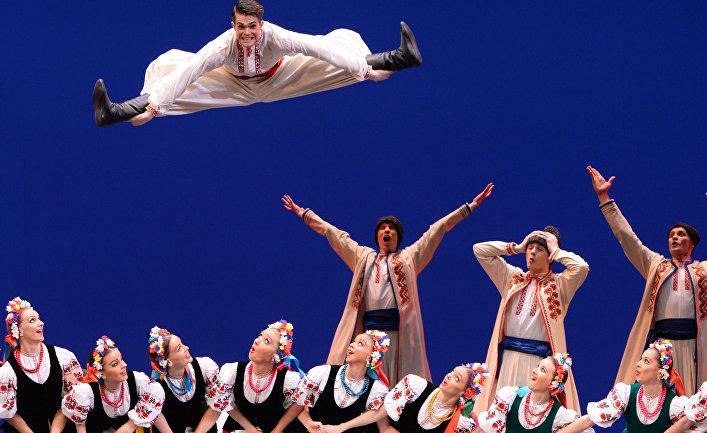 Концерт Ансамбля народного танца имени Игоря Моисеева в Большом театре