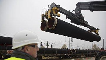 """Первые трубы для """"Северного потока — 2"""" прибывают в Мукран. 27 октября 2016 года"""
