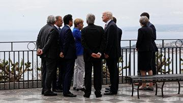 Лидеры стран «Большой семерки» во время саммита G7 в Таормине, Италия