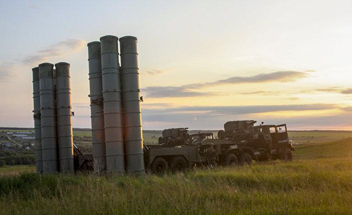 Зенитные ракетные комплексы С-300 «Фаворит»