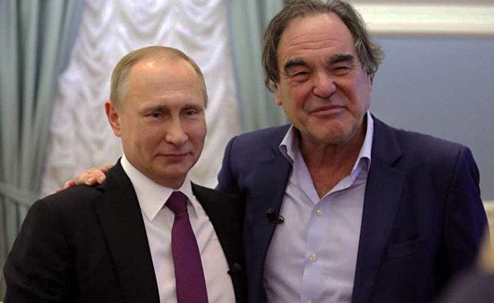 Кадр из фильма американского кинорежиссера Оливера Стоуна «Интервью с Путиным»