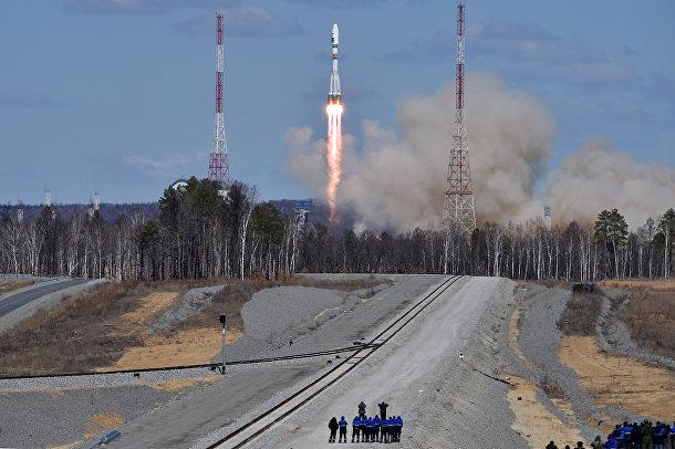 Пуск ракеты «Союз» со стартовой площадки космодрома «Восточный»