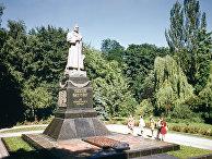 Памятник генералу Николаю Федоровичу Ватутину в Киеве, Украина
