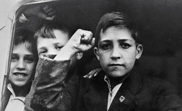 Испанские дети