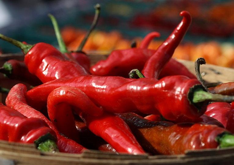 Перец Чили на фермерским рынке в Нью-Йорке