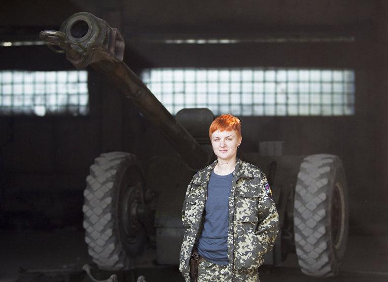 Гайка, специалист по гаубицам пророссийского ополчения, в городе Макеевка