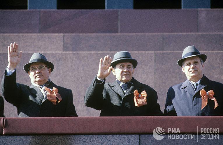 Михаил Горбачев, Андрей Громыко и Николай Рыжков