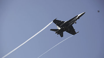 Американские истребитель F-16