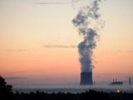 Трубы Калининской атомной электростанции (КАЭС)