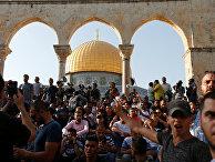 Палестинцы на Храмовой Горе в Иерусалиме