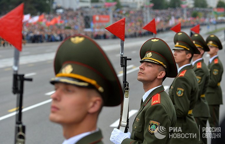 Парад в честь Дня Независимости Белоруссии