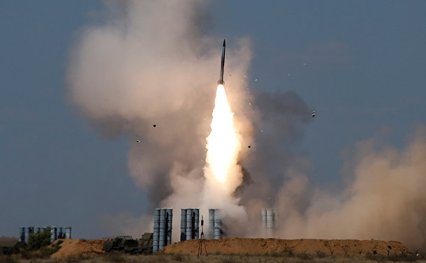 Запуск ракет из ЗРК С-300 на Армейских международных играх – 2017
